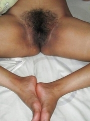 Filipina girlfriend shows off her hairy pussy
