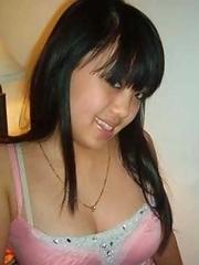 Hot sexy Singaporean babes